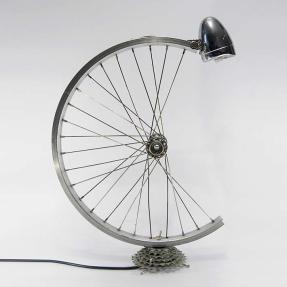 Bespoke_Spokes_Bicycle_parts_desk_lamp_02